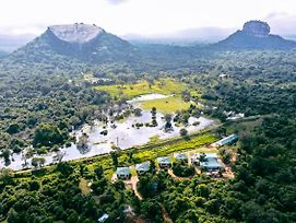 Sigiriya King'S Resort photos Exterior