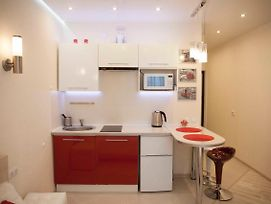 5Days Nn Studio Apartment On Burnakovskaya 93 photos Exterior
