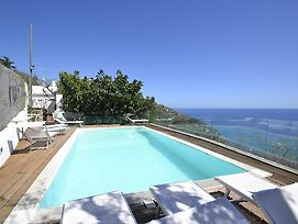 Sirenuse Villa Sleeps 14 Pool Air Con Wifi photos Exterior