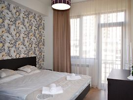 Tbilisi 4You With 3 Bedrooms photos Exterior