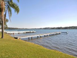 The Studio On The Lake @ Fishing Point, Lake Macquarie - Honestly Put The Line In And Catch Fish photos Exterior