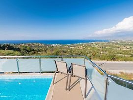 Imagine Your Family Renting A Luxury Holiday Villa Close To Latchi S Main Attractions Latchi Villa 1264 photos Exterior