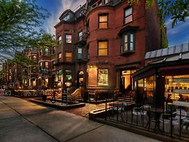 Cozy Studio On Newbury Street, #1 photos Exterior