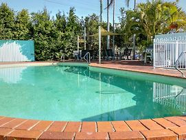 Jade Waters Hervey Bay photos Exterior