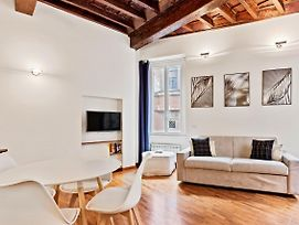 Wonderful Flat In The Historic Centre Of Rome photos Exterior