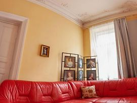 Lvivskiy Zatyshok 2 Bedrooms Isolated photos Exterior