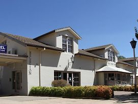 Townhouse Motel Cowra photos Exterior