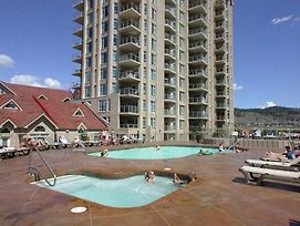 Sunset Waterfront Resort By Kelownacondorentals photos Exterior