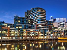 Waterfront Apartments Melbourne photos Exterior