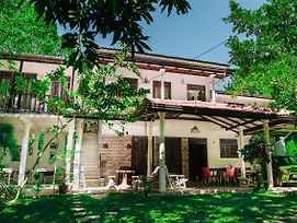 Kadolana Guest House photos Exterior