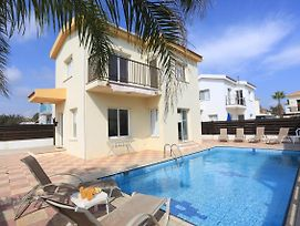 Seabreeze Villas With Private Pools photos Exterior