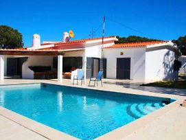 Almancil Villa Sleeps 6 Pool Air Con Wifi T607925 photos Exterior
