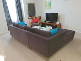 Superb 2 Bedroom East Perth Riverside Apartment Location Comfort And Space 45 photos Exterior