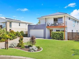 53 Northbeach Place Mudjimba photos Exterior