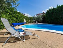 Apartments With A Swimming Pool Novigrad - 7078 photos Exterior