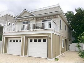 Ship Bottom Bayside Home, Granite Countertops, Stainless Steel Appliaces. Large Deck Off Living Room/Kitchen 135548 photos Exterior