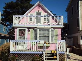 Ocean Block Cottage Steps To The Beach In Ship Bottom Walking Distance To Shops, Pubss, Resturants 137301 photos Exterior