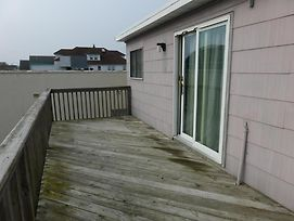 Full Season Rental Ocean Side Duplex photos Exterior