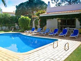 Quinta Do Lago Villa Sleeps 6 Pool Air Con T479889 photos Exterior