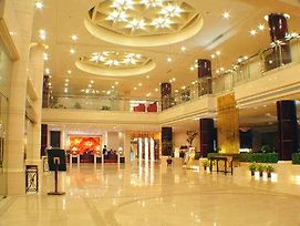 New Overseas Chinese Hotel photos Interior