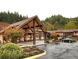 Best Western Oakridge Inn photos Exterior
