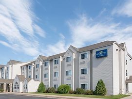 Microtel Inn & Suites By Wyndham Rice Lake photos Exterior