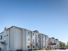 Microtel Inn & Suites By Wyndham Johnstown photos Exterior