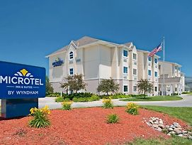 Microtel Inn & Suites By Wyndham Council Bluffs photos Exterior