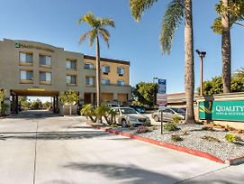Quality Inn & Suites Huntington Beach photos Exterior