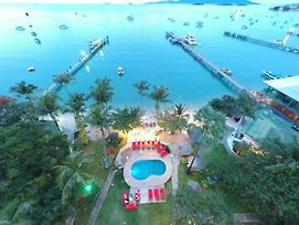 Samui Pier Beach Front Resort photos Exterior