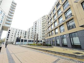 Woking Town Centre By Deilamy Homes photos Exterior