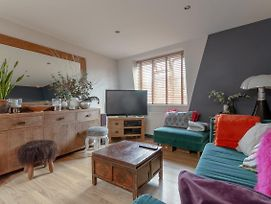 1 Bedroom Flat In South West London photos Exterior