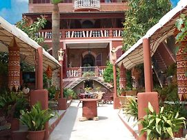 Hostal Corona photos Exterior