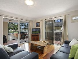 Peurto Vallerta Unit 3 Great Value Great Location In Coolangatta Southern Gold Coast photos Exterior
