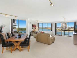 Yacht Harbour Towers Unit 3F Two Bedroom On The Hill Overlooking The Tweed Harbour photos Exterior