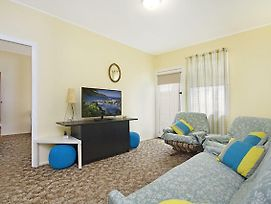 Aberdeen Flat 4 - Central Rainbow Bay Walk To Beaches, Clubs, Cafes And Shops. photos Exterior