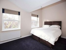 Hotel Style King Room Near Denmark Hill Station photos Exterior