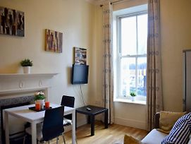 1 Bedroom Apartment In Prime Dublin Location photos Exterior
