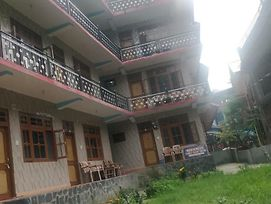 Red&Blue Family Guest House Kasol photos Exterior