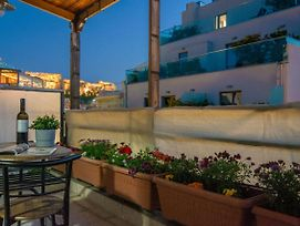 Hidden Gem Studio W Balcony And Acropolis View photos Exterior