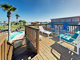 Split Level Stunner In Port Aransas By Redawning photos Exterior
