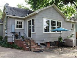 Ratcliff Apartment - Cozy Efficiency S. Highlands: Everything You Need+ photos Exterior