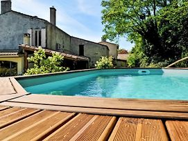 Villa With 3 Bedrooms In Bayon Sur Gironde With Private Pool Enclosed Garden And Wifi 21 Km From The Beach photos Exterior