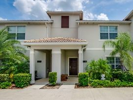 Rent Your Dream Holiday Home In One Of Orlando'S Most Exclusive Resorts, Storey Lake Resort, Orlando Townhome 2676 photos Exterior
