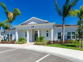 You And Your Family Will Love This Luxury Home On West Lucaya Village Resort, Orlando Townhome 2684 photos Exterior