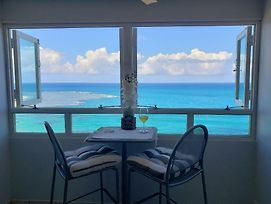 Breezy Beachfront Property With View Of Paradise photos Exterior