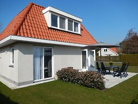 Holiday Home De Witte Raaf.3 photos Exterior
