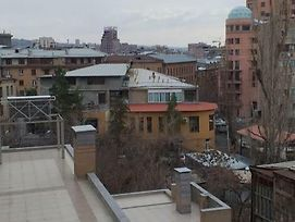 Home Elite Yerevan Apartament On Marshal Baghramyan 1St Blind Alley 14Th Building Apt 84 photos Exterior