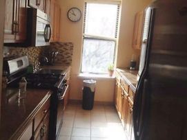 Two Bedroom Apartment Located In Inwood In Upper Manhattan photos Exterior