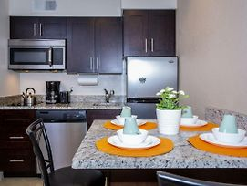 1 Bedroom Apartment Just 10 Minutes From Disney photos Exterior